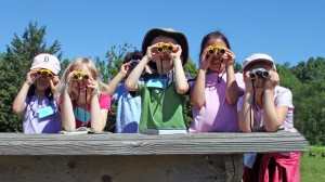 Group-of-Kids-with-Binoculars