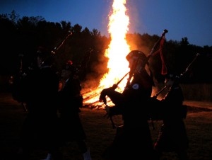 Pipers-in-front-of-bonfire